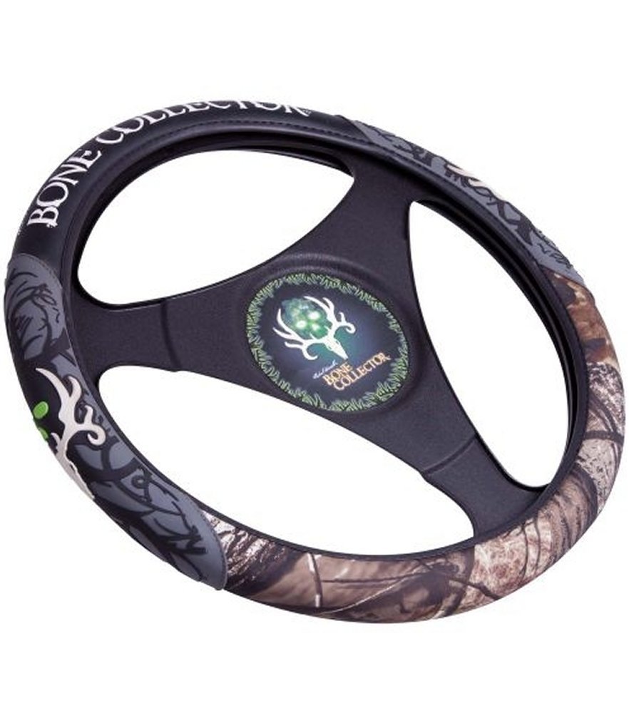 Bone Collector Realtree AP Steering Wheel Cover